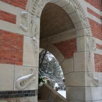 La façade latérale droite (détail)